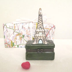 Eiffel Tower Porcelain Box